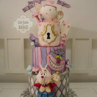 Alice in wonderland cake - white rabbit cake topper <3
