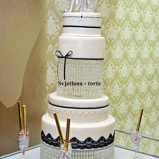 Black & White Wedding Cake - Cake by pahuljaa