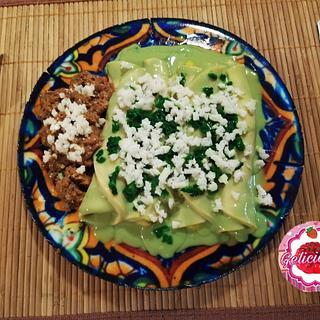 Enchiladas verdes/Food cake challenge