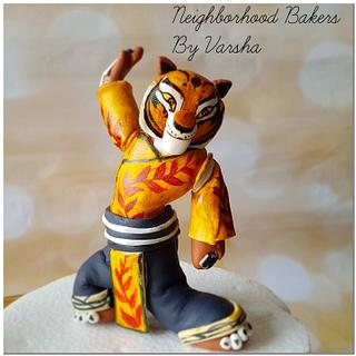 Tigeress figurine  - Cake by Varsha Bhargava