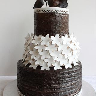 Black and White Mud cake