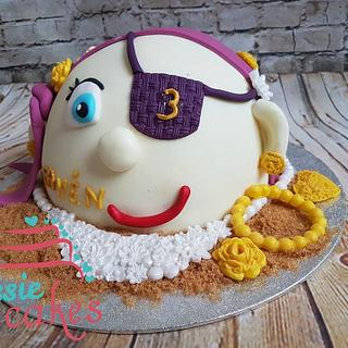Pirate girl cake - Cake by Chantal den Uyl