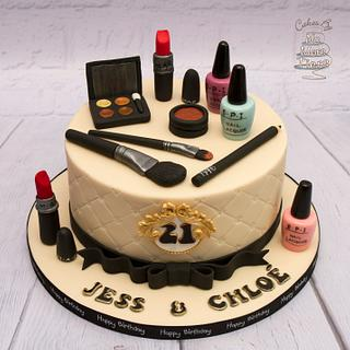 Make up themed 21st cake - Cake by Cakes By No More Tiers (Fiona Brook)