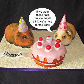 Sculpted guinea pig cakes
