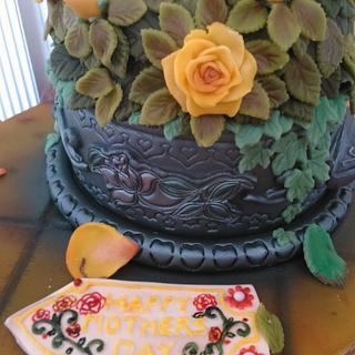 Marzipan rose cake