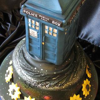 Dr Who's 'The Tardis' Cake
