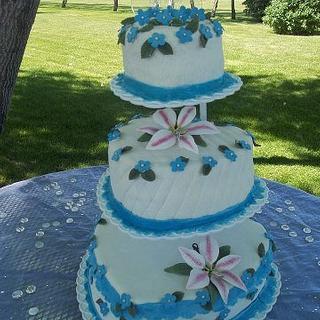 Heart wedding cake - Cake by Cindy White