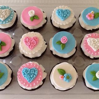 Hearts and Flowers Cupcakes - Cake by Sugar Me Cupcakes