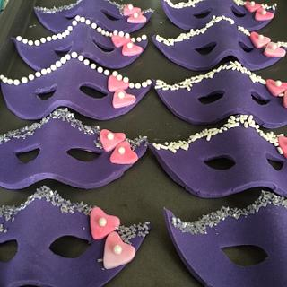 Mask cupcake toppers - Cake by For Heaven's Cakes by Julie