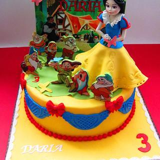 Snow white cake - Cake by COMANDATORT