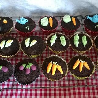 Garden Cupcakes - Cake by Roseanne