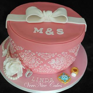 Pink & White Gift Box Cake