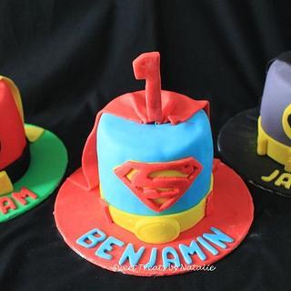 Superhero mini cakes
