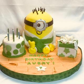 Karate Minion - Cake by Laurie