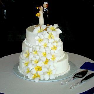 White buttercream wedding  - Cake by Ebony