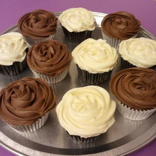 Chocolate Fudge and Carrot Cupcakes