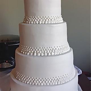 Buttercream dot cake