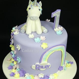 Unicorn 1st Birthday Cake - Cake by Cakes by Vivienne