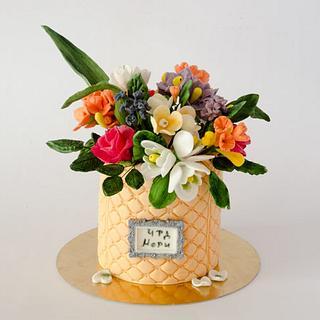vase of flowers cake