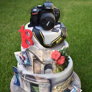 Nikon camera cake - Cake by Dolcidea creazioni