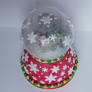 Christmas snow globe cake.