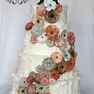 Vintage buttercream wedding cake