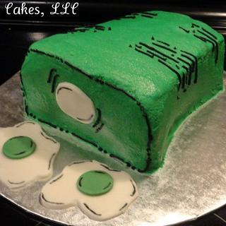 Green Eggs and Ham Cake