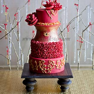 Love, Locks and Keys Wedding Cake