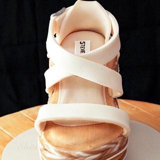 STEVE MADDEN sandal cake