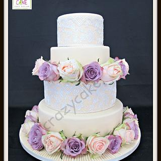Roses and lace wedding cake - Cake by Crazy Cake