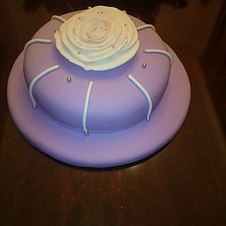 a chic birthday cake
