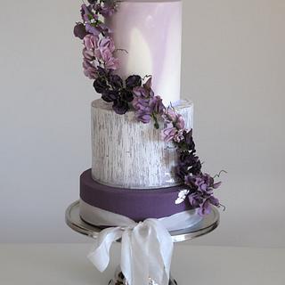 Purple Sweet pea  - Cake by Hamilton's Cakes