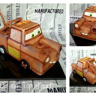 Lightning McQueen's best friend Mater