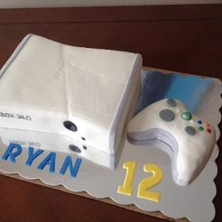 X box with controller - Cake by Daniele Altimus