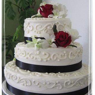 Black, White & Red Wedding cake