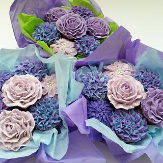Cupcake Bouquet in Shades of Purple
