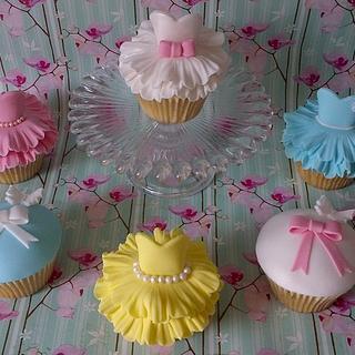 Ballerina/tutu cupcakes