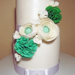 ranunculus, pom poms & hydrangea wedding cake - Cake by Emma