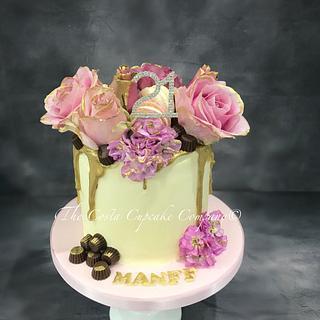 Fresh flower drip cake