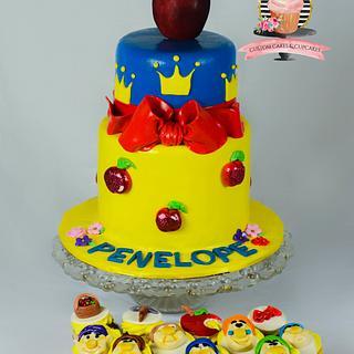 Snow white cake and cupcakes - Cake by Sarah's Cakes