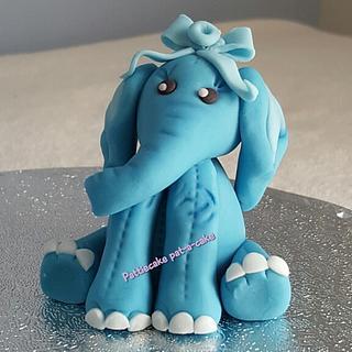 Baby elephants - Cake by Pattiecake