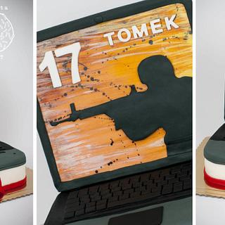 counter strike laptop cake