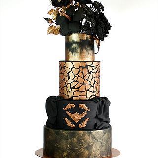 Tarta Gótica, Negra y Dorada - Gothic cake, black and gold.