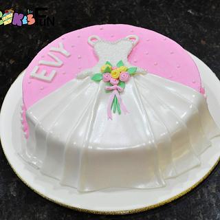Wedding dress cake - Cake by Cakes For Fun