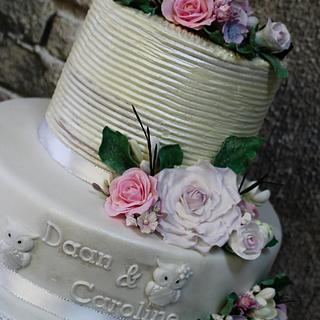 surprise little wedding cake