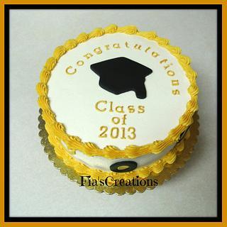 Graduation Cake - Cake by FiasCreations