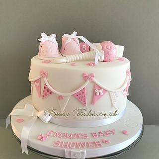 Buttons and bows Baby Shower Cake.