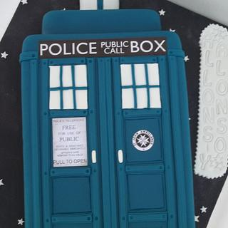 TARDIS FROM DR. WHO