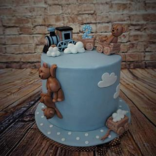 Cake with teddies