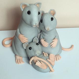 Caketopper mouse family